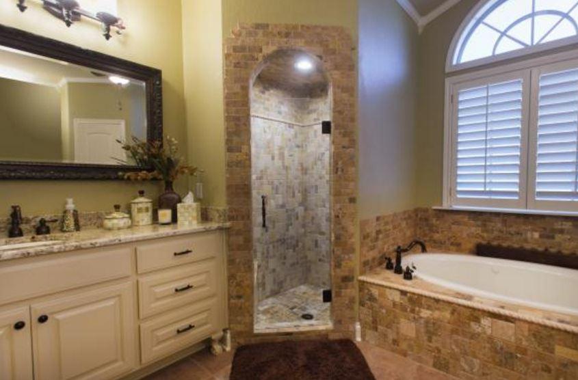 shower door.jpg