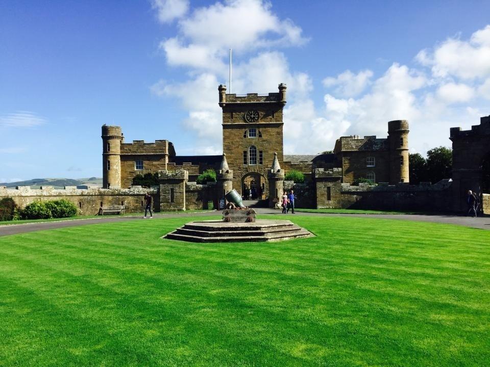 castle lawn.jpg