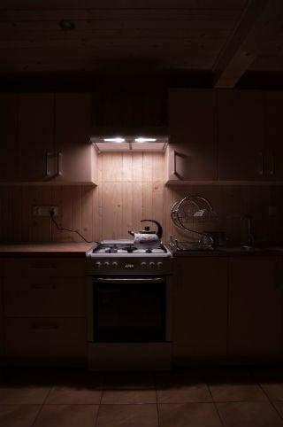 stove pablo-charnas-180197.jpg